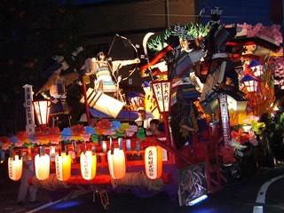 2005年五戸まつり前夜祭(山車制作:下大町).jpg