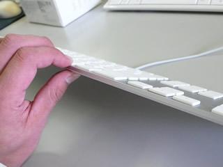 Apple新型キーボード(横)