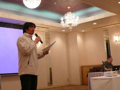 CSS Nite in AOMORI 2008とWDHAを宣伝する山本さん