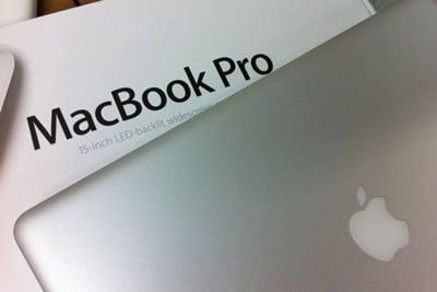 MacBook Pro15インチ(高解像度ディスプレイ)