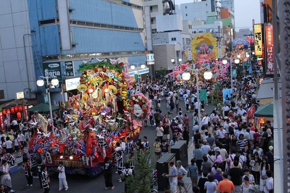 八戸ポータルミュージアム「はっち」2階から撮った写真