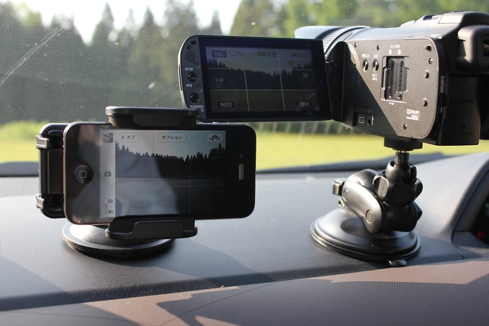 映像制作事業:車載用マウント